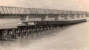 Burdekin Bridge last Sunlander (lower burd histl soc)