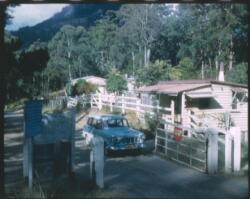 bradmanborder gate